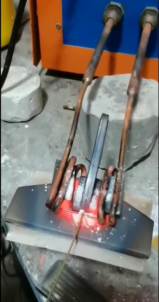 铁块与铁块搭接焊用什么焊机好
